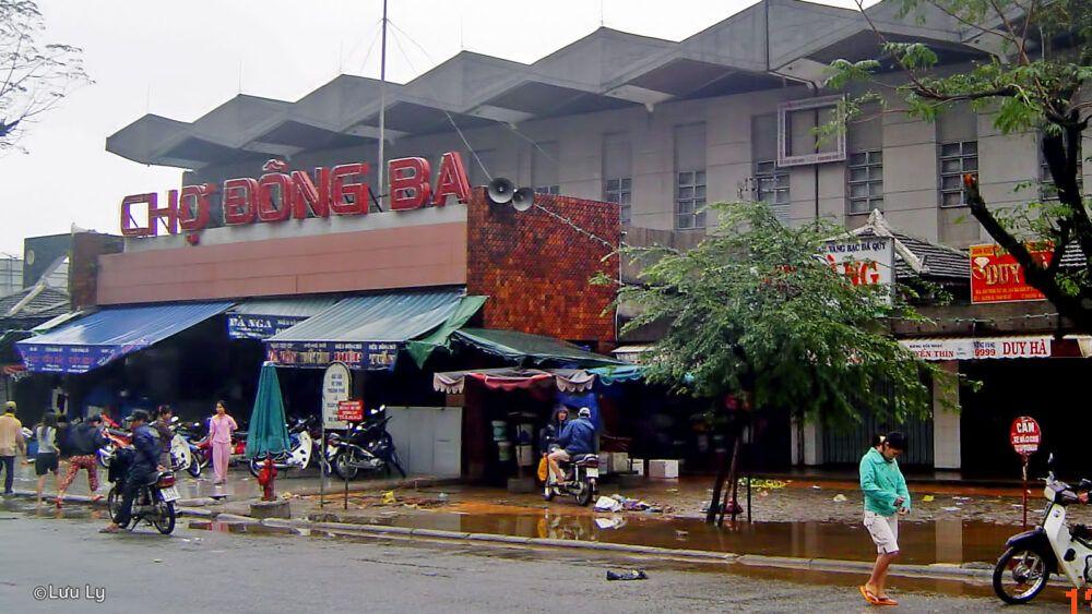 Dong Ba Market, Vietnam