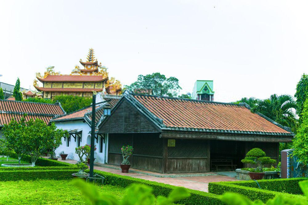Duc Thanh School, Vietnam