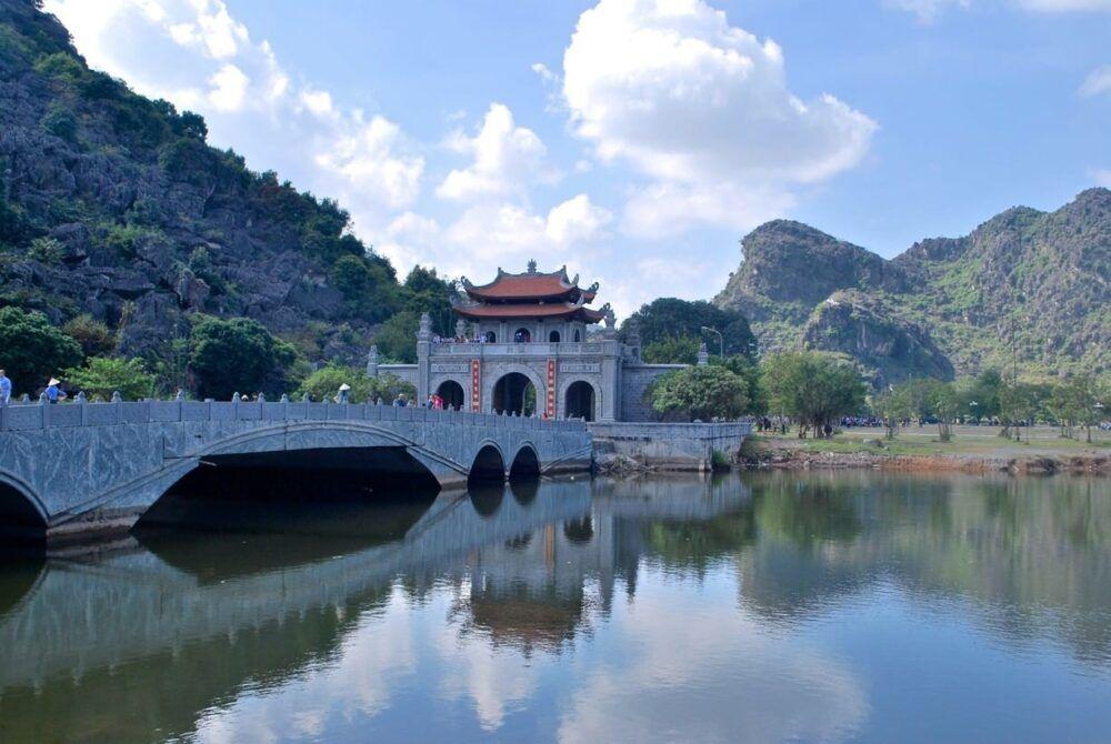 Qué ver y visitar en Hoa Lu District