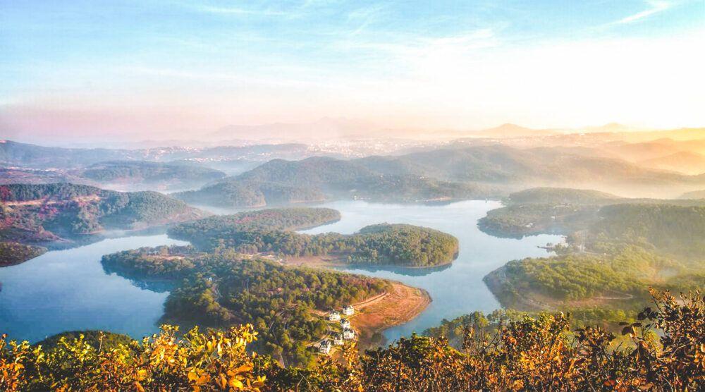 Tuyen Lam Lake, Vietnam