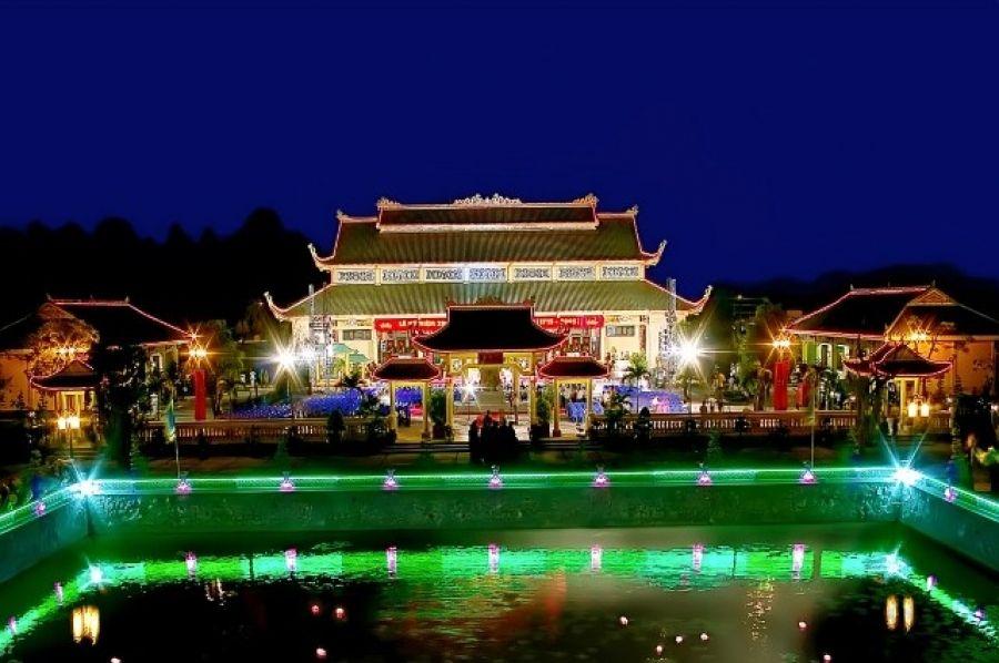 Van Mieu Tran Bien, Vietnam