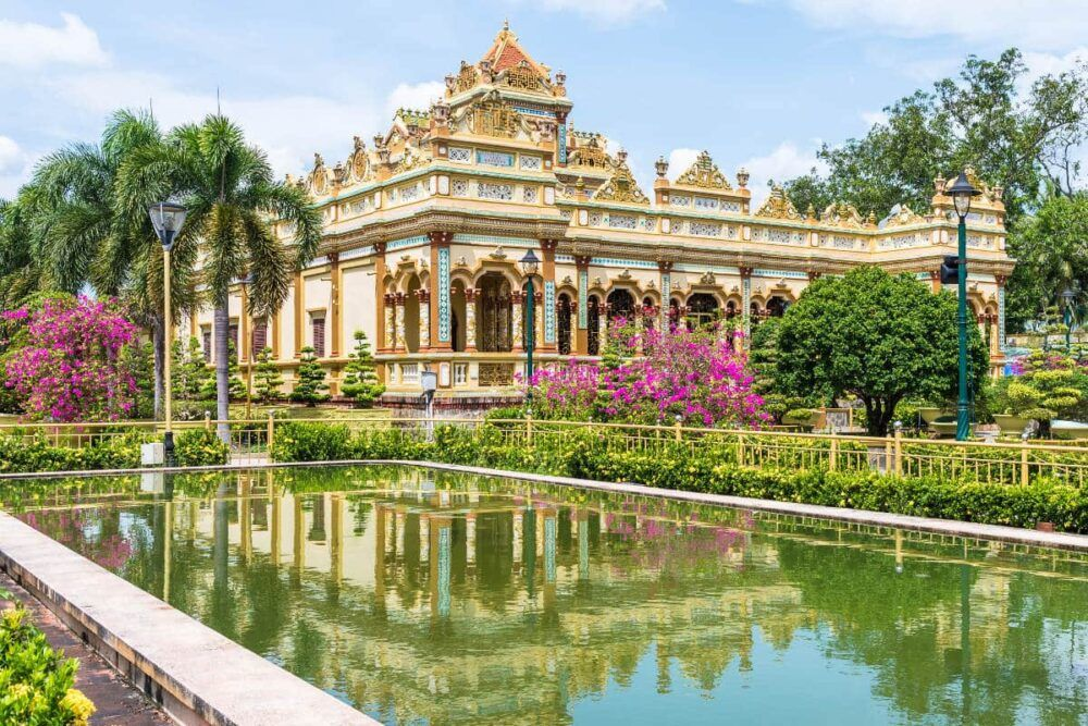 Vĩnh Trang Temple, Vietnam